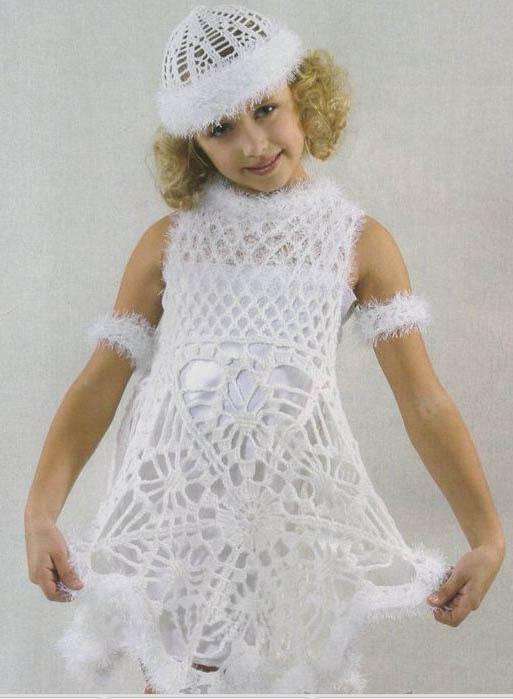 костюм для девочки крючком