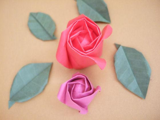 Розы, листья и звезды. Оригами